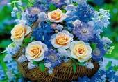 panier de roses et d'hortensias