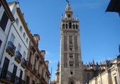 La giralda (104m) Séville