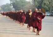 Jeunes bonzes birmans
