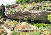 Grotte fleurie