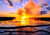 Puzzle Volcan au coucher de soleil