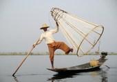 Pêcheur sur le lac Inlé Birmanie