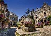 Petite place de village