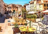 Une place à Aix en Provence