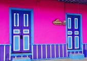 rue colorée en colombie