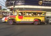 Jeepney aux Philippines