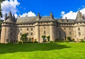 corrèze château pompadour