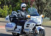 Puzzle 1800 GOLDWING POLICE