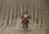 moto dans le sable