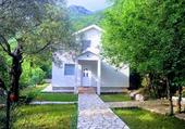 maison dans la montagne