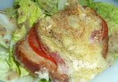Tartine tomate, jambon et reblochon