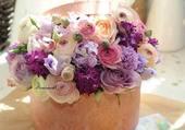 Jolie boite avec fleurs