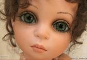 superbe poupée