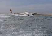 bateau rentrant au port
