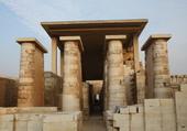 Temple d'Edfou en Egypte. Dieu Horus