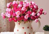 Je vous offre une cruche de roses
