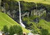 Puzzle Magnifique paysage et cascades