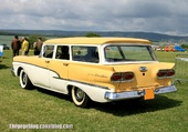 FORD COUNTRY SEDAN 1958