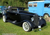FORD ROD STEELBODY AND FENDERS 1933