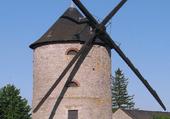 Moulin de Pierre d'Artenay (Loiret)