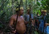 Des indigènes de l'ethnie Sateré Mawé