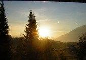 soleil couchant sur le tyrol autrichien