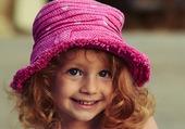 Puzzle Le beau chapeau rose pour enfant