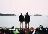 Puzzle Scouts devant un paysage
