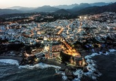 Puzzle Nerja by night