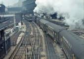 Puzzle Train vapeur à la gare Saint Lazare
