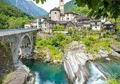 Puzzle village suisse