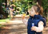 Puzzle Fille avec bulles